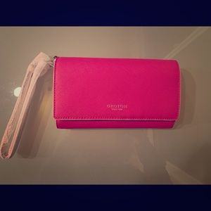 NWT Oroton Large wallet with a wristlet